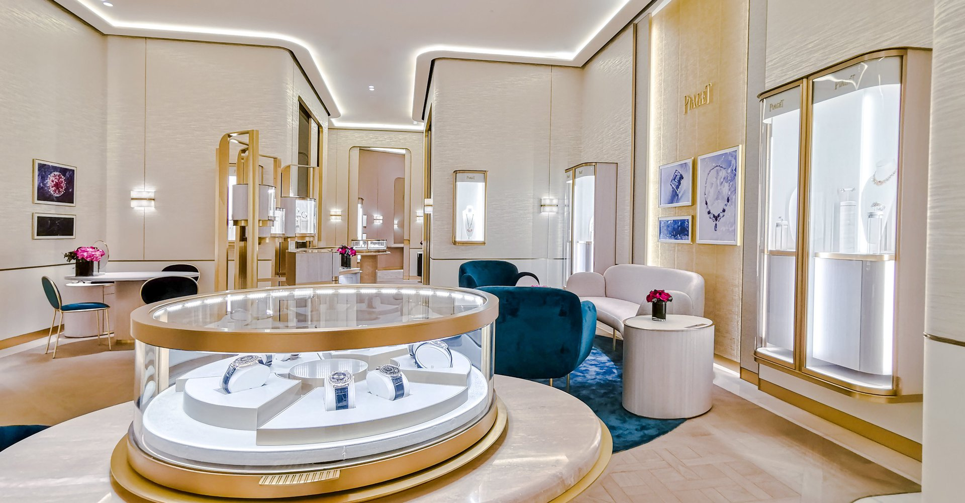 01 Piaget Store at The Galleria Al Maryah Island.jpg